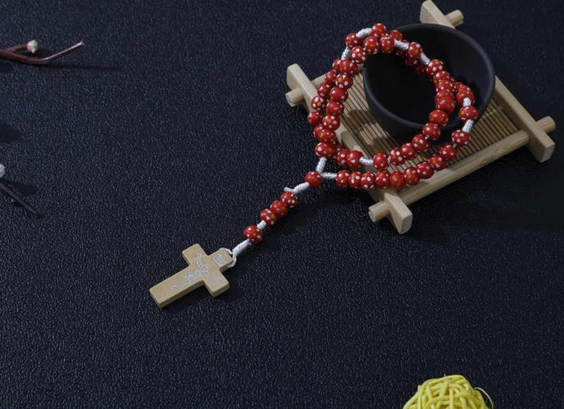 6-7mm red wood rosary with flowers