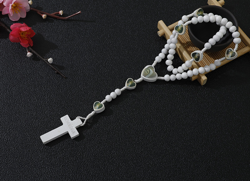 6-7mm white wood rosary with hearts