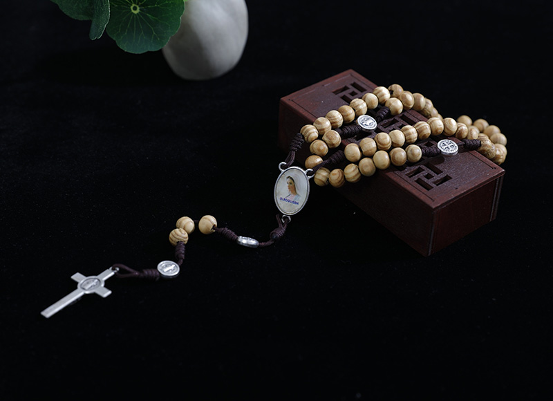 6-7mm wood rosary with alloys