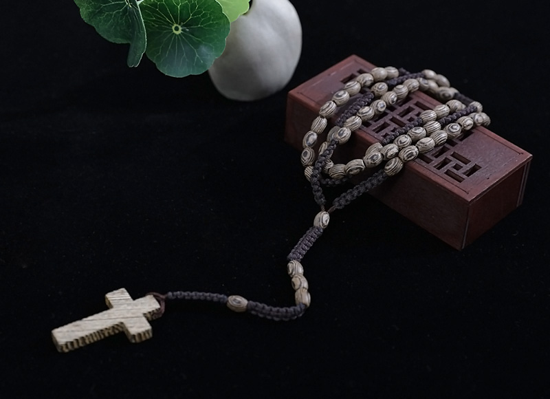 10-8mm knotted wood rosary