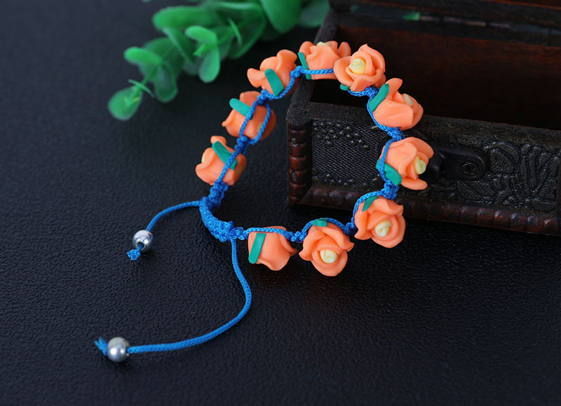 Flower shape soft ceramic beads knotted bracelet