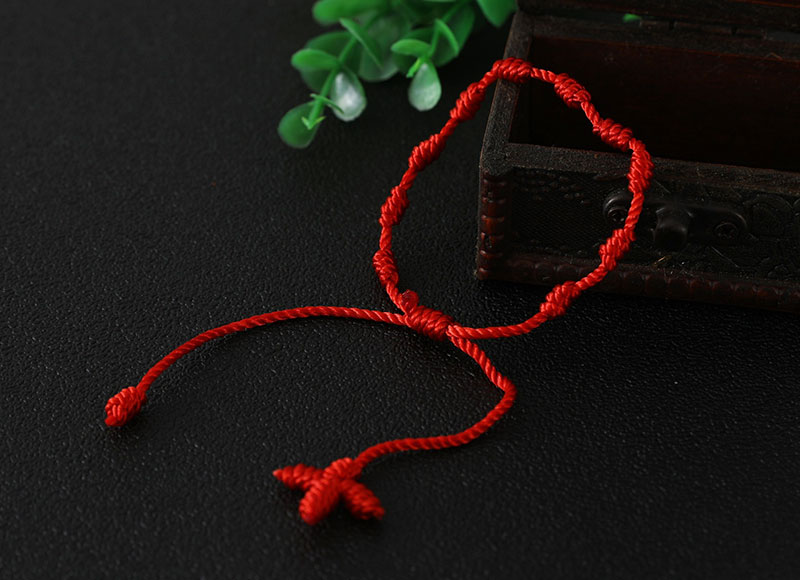 Red knotted bracelet