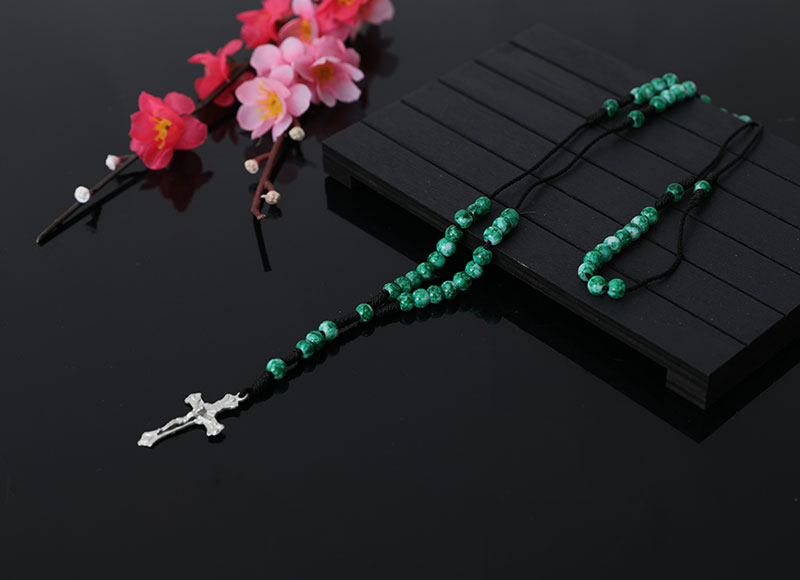6mm Green Stone Beads Knotted Rosary Necklace