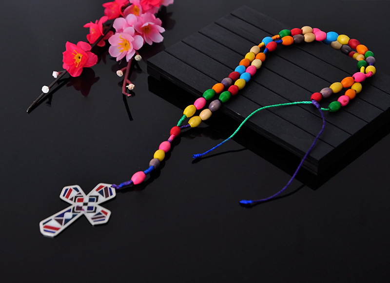 8x6mm colorful wood beaded knotted rosary