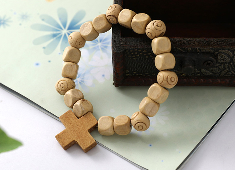 Wood bracelet with cross