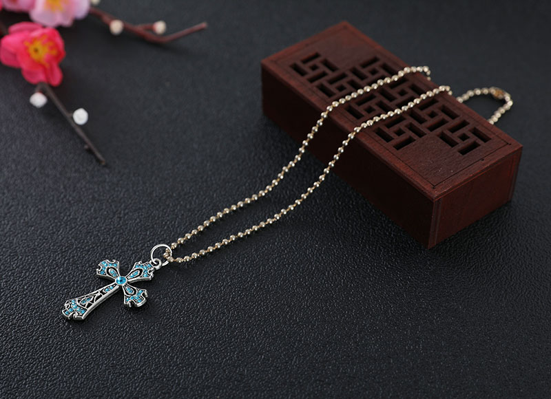 Crystal alloy cross pendant necklace