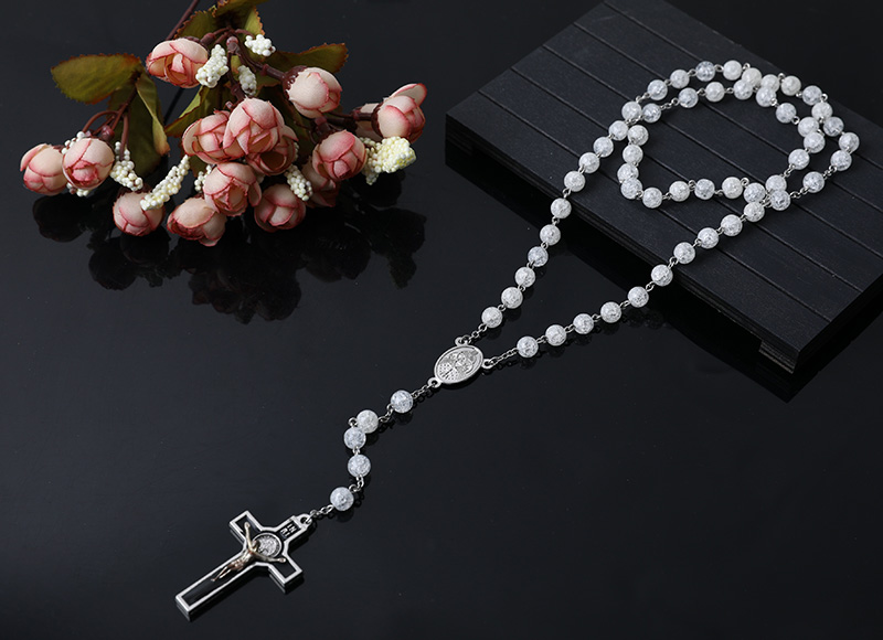 beautiful clear glass rosary necklace