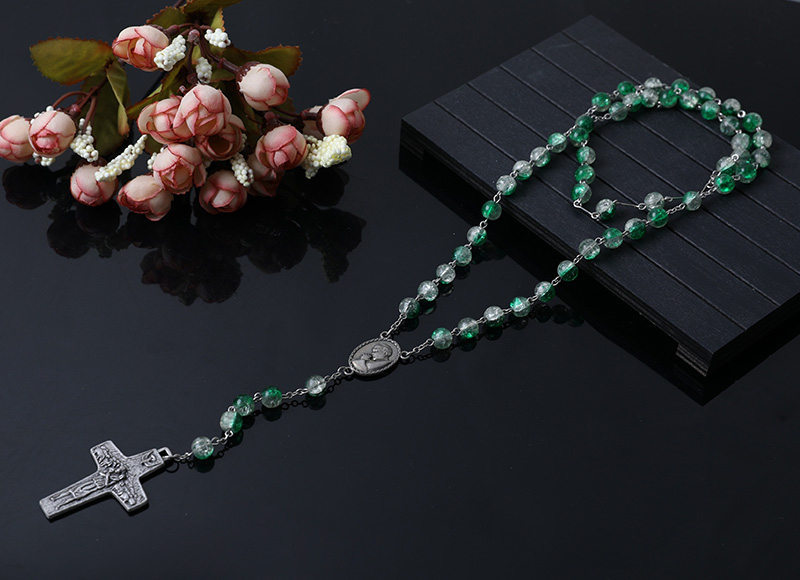 green and clear glass beads rosary necklace